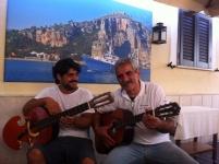 http://www.hostariadelvicoletto.it/uploads/tbl_photogallery/201404260458_biagio_e_mannarino.jpg